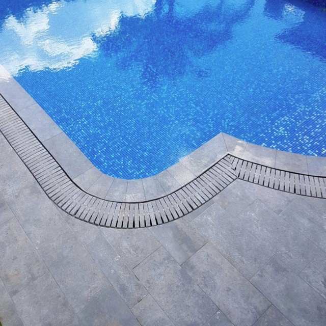 Лотки и борта бассейна