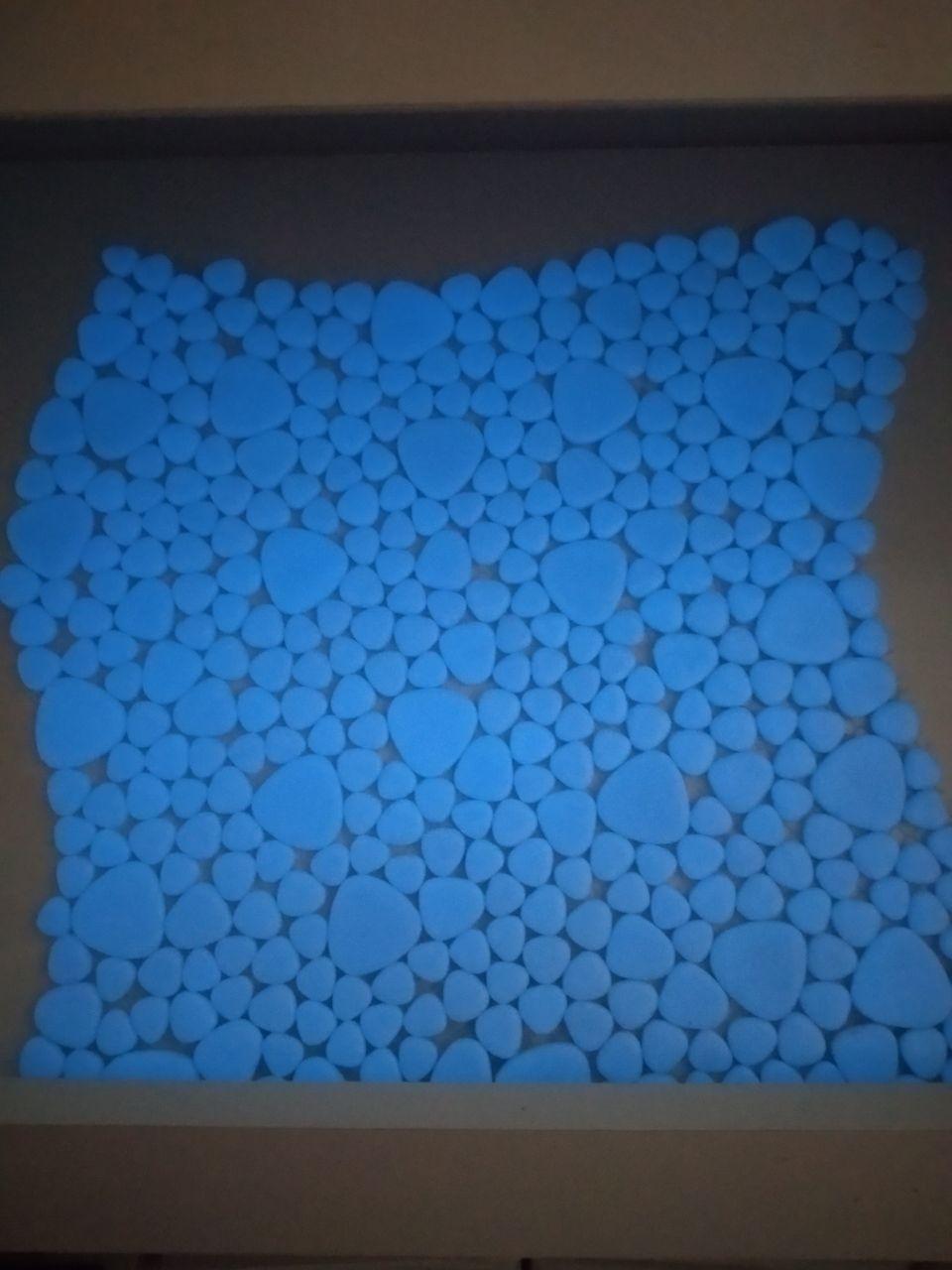 Люминесцентная стеклянная мозаика